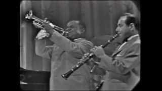 Louis Armstrong - When The Saints Go Marching I..