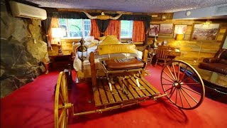 #948 INSIDE the YAHOO Room in the Madonna Inn & NEVERLAND RANCH Gates - Travel Vlog (3/12/19)