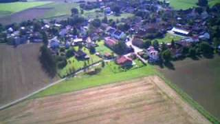 preview picture of video 'Flugvideo mit Modellflugzeug zwischen Gauting und Buchendorf'