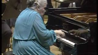 Nikolayeva-Tchaikovsky-Piano Concerto No.1-part 4 of 4 (HD)