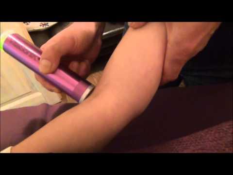 Wund Nackenmuskulatur der Rückseite der Hände