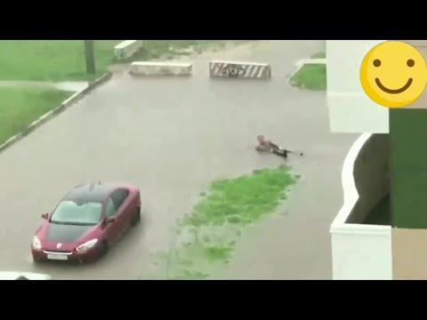 Кировчанин искупался в луже