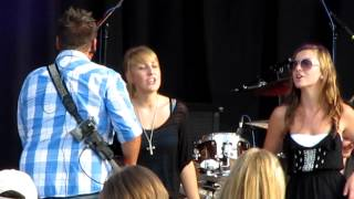 preview picture of video 'Ambush covers Luke Bryan - Country Girl (Shake It For Me)'