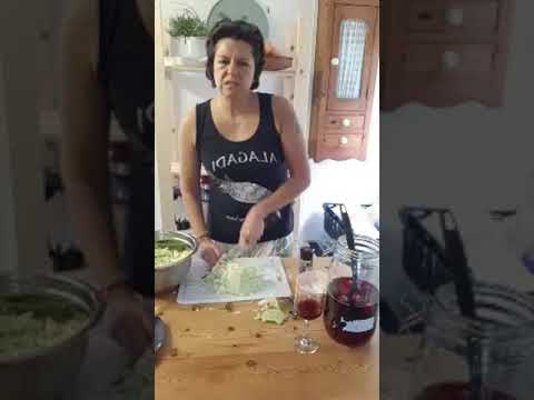 Sauerkraut demonstration