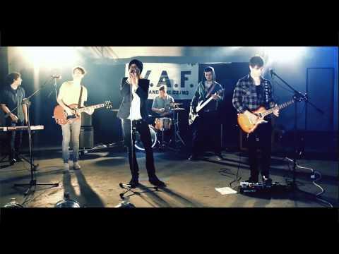W.A.F. - W.A.F. - Pouhou vteřinou (oficiální videoklip)
