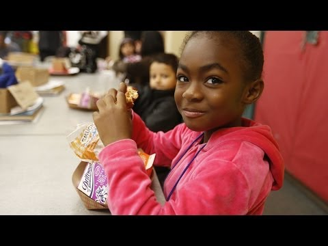 Thumbnail for video:  How does school breakfast affect children's health?