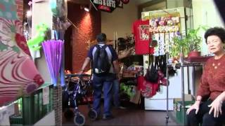 preview picture of video 'A short walking tour through Honolulu's Chinatown'