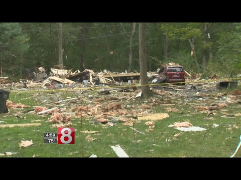 2 seriously hurt, many shaken in Clinton explosion