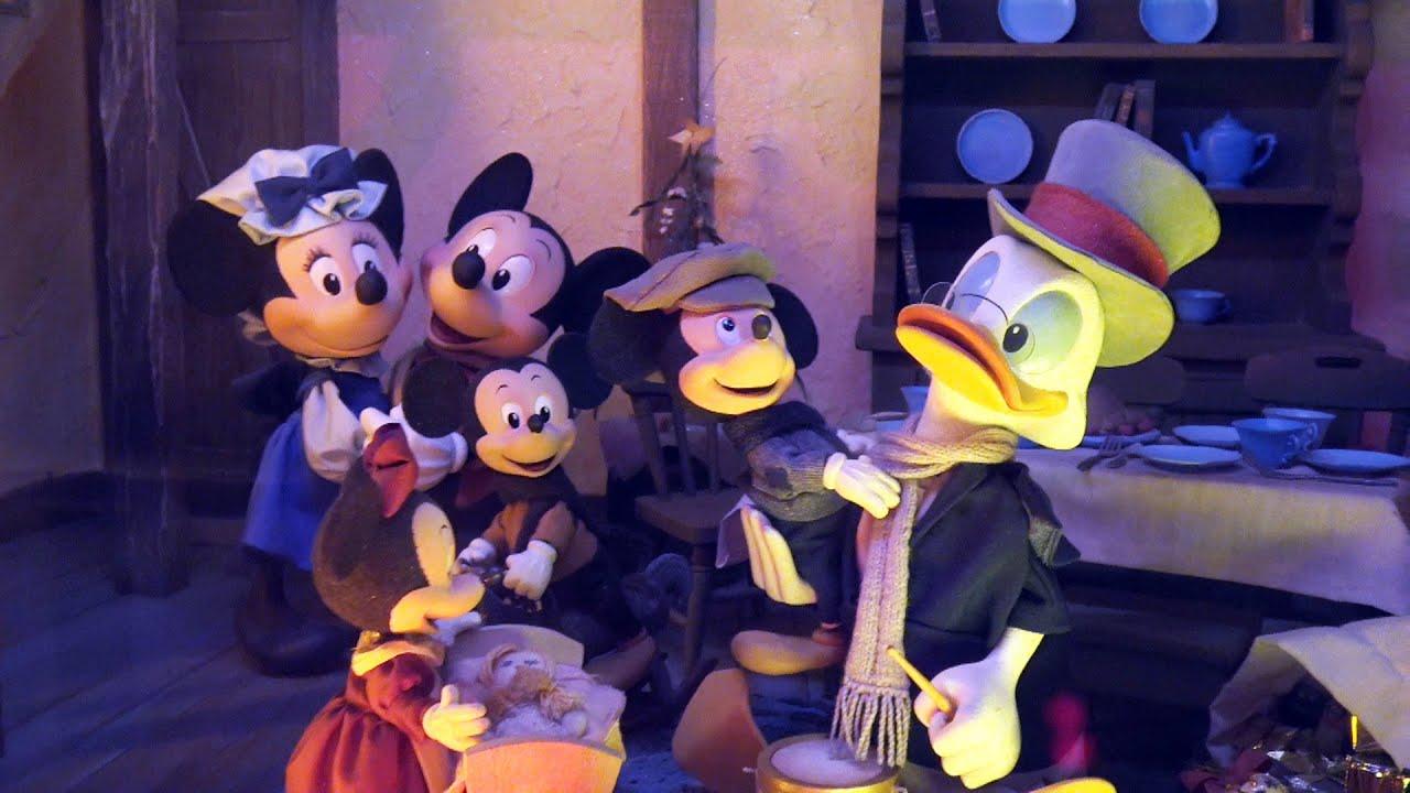 MyDisneyFix   Mickey's Christmas Carol Window Display - Emporium - Magic Kingdom - Holiday 2015 ...