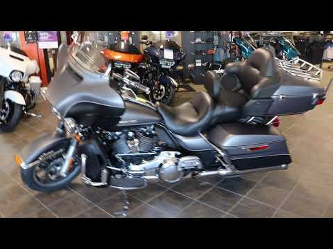 2017 Harley-Davidson Ultra Limited in Carroll, Iowa - Video 1