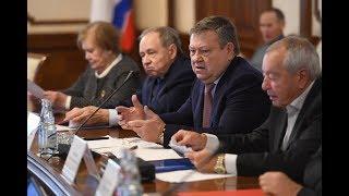 ЛОТ: Депутаты Павел Лабутин и Иван Хабаров в сюжете о встрече почетных граждан ЛО с губернатором