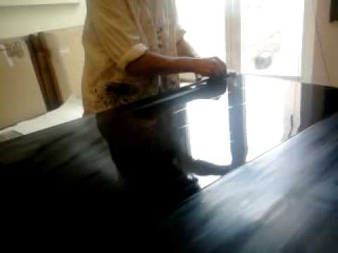 comment appliquer peinture laque brillante la r ponse. Black Bedroom Furniture Sets. Home Design Ideas