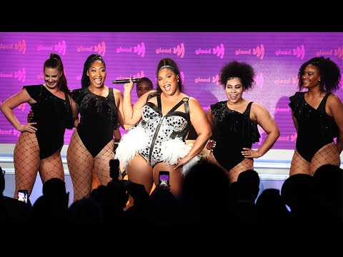 """Lizzo performs """"Juice"""" at the 30th Annual GLAAD Media Awards"""