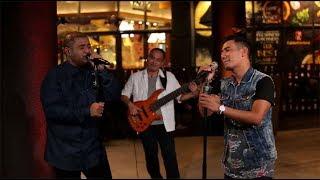 Rio Febrian  Mike Mohede - Menghitung Hari (Krisdayanti Cover) (Live at Music Everywhere) * *