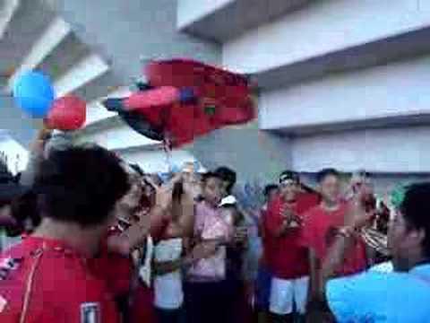 """""""Yo soy asi!!! la previa en el pirata"""" Barra: Guardia Roja • Club: Tiburones Rojos de Veracruz"""