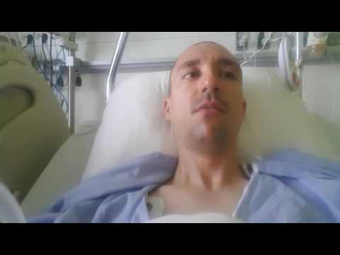Comme insèrent implant dans la poitrine