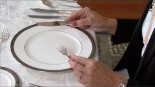 Dining Etiquette For Beginners - Video Youtube