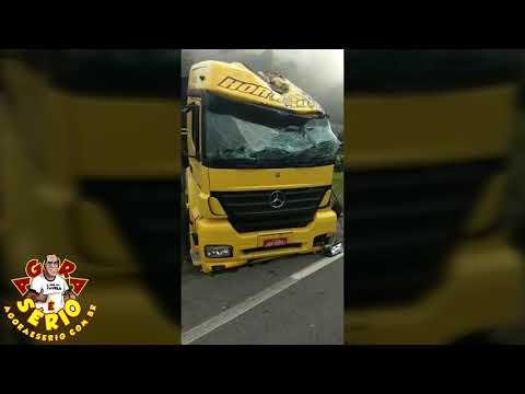 Acidente com Caminhão de Laranjas em São Lourenço da Serra