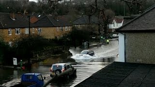 preview picture of video 'Whyteleafe Flood Feb 2014 - #FloodWanker'