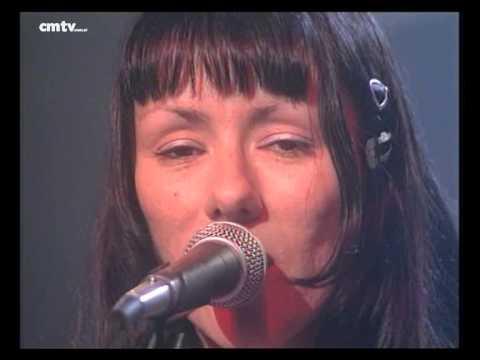 María Gabriela Epumer video Del revés - CM Vivo 1998