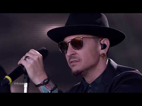 Chester Linkin Park Performs One More Light russian subtitles