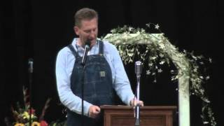 Rory Feek shares thoughts at memorial service for Joey Martin Feek
