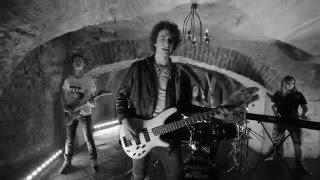The Drops - Vzhůru (Oficiální videoklip)