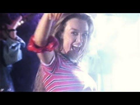 Fey :: Me Enamoro De Ti [Video Oficial]