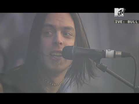 Bullet For My Valentine - All These Things I Hate (Live @ Rock Am Ring 2006)