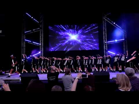 Bird College Hip hop Move it 2015