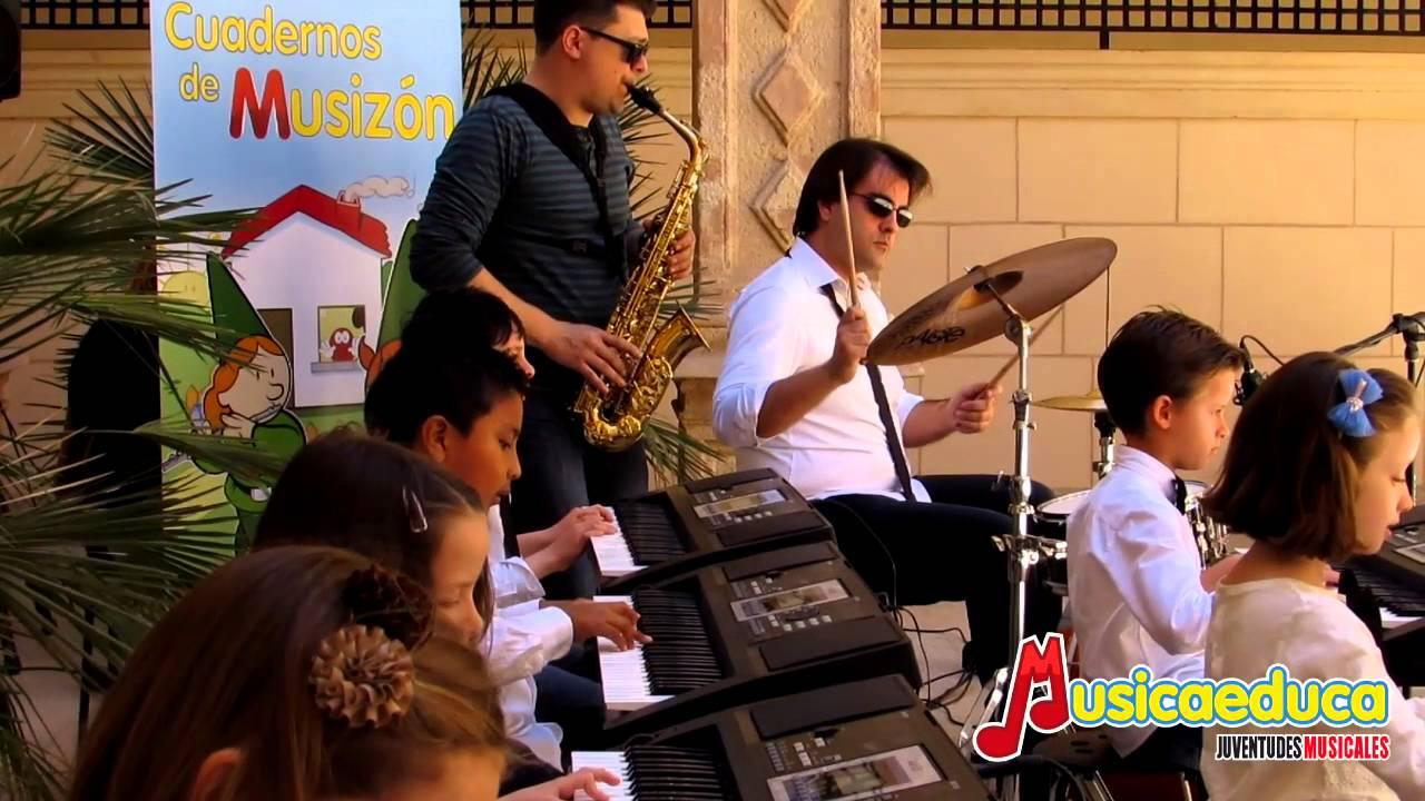 ¡Un Chass! - Grupo de Alumnos de Mi teclado 2 -  Escuela de Música Albéniz de Lorca