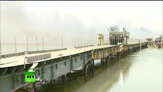 Российские военные возвели мост через Евфрат