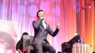 Anuar Zain - Mungkin & Ketulusan Hati Medley LIVE (Mother's Day Gala Night) Part 007