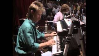 """Video thumbnail of """"Lee Ritenour & Dave Grusin - ST. ELSEWHERE (Live)"""""""