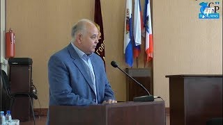 Местная Дума приняла отставку теперь уже бывшего главы Старорусского района Василия Бордовского