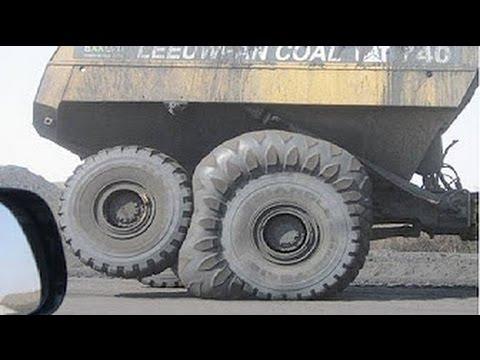 Страшные аварии тяжелой техники. Безумные водители!