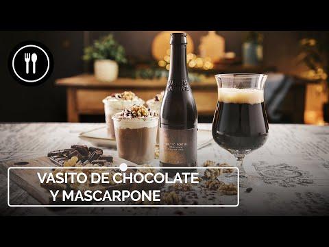 Vasitos de crema de chocolate y mascarpone, postre fácil para una fiesta familiar