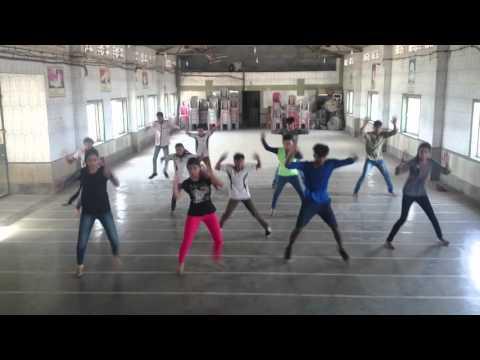 Malhari (Bollywood Style) choreographed by Kiran Gupta