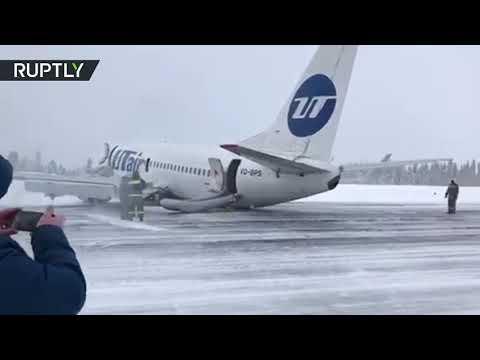 العرب اليوم - شاهد: طائرة ركاب تهبط على بطنها في مدينة روسية