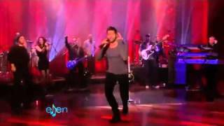 Ricky Martin  The Cup of Life  ( Ellen DeGeneres 02-11-2011)
