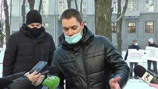 У Харкові наркозалежні звинуватили поліцейських у провокаціях та вербуванні