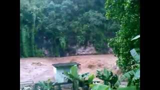 preview picture of video 'Rivière Des Anguilles River'