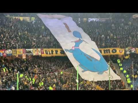 Hamburger SV vs Dynamo Dresden 11.02.2019 Dino