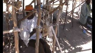 preview picture of video 'weaving rumsiki'