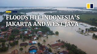 Poważne powodzie nawiedzają zachodnią Jawę i Dżakartę w Indonezji