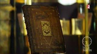 Adjugé vendu - Bibliothèque aux enchères