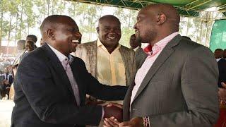 """Niko na chawa"": DP Ruto laughs at Kuria's joke about experience in police cell"