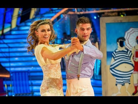 Abbey Clancy & Aljaz Quickstep to 'Walking On Sunshine' – Strictly Come Dancing: 2013 – BBC One