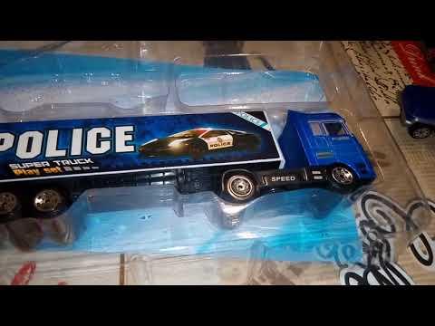 """Обзор игрушечного набора """"Полицейские машинки"""""""