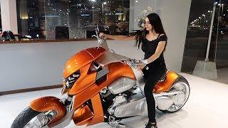 RIDING MY FIRST MOTORBIKE !! *BIKER GIRL*
